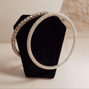Vintage Shimmering Silvertone Bangle Bracelet Set